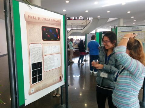 Minnie Mao (left) loves explaining her research on spiral DRAGNs from Radio Galaxy Zoo.